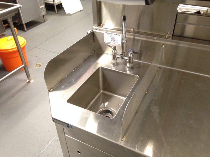 Applebees Murrysville sink repair